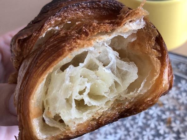 央製パン堂のクロワッサン〜中はしっとり
